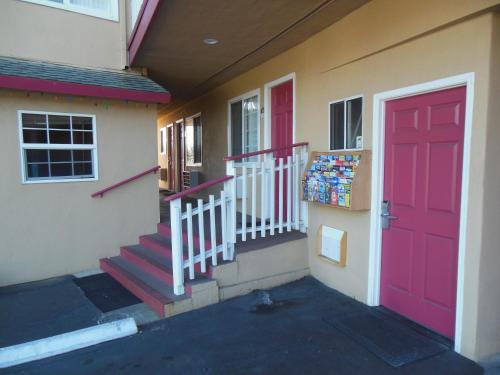 Americas Best Value Inn-Seaside North Photo