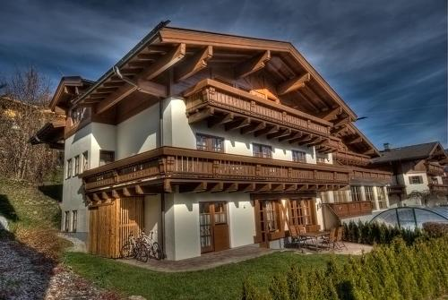 Select Apartment by Kaprun Rentals