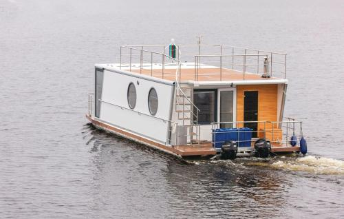 Гостевой дом «Holiday Home De luxe twin King Houseboat 1», Ювяскюля