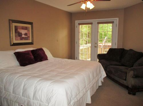 Three Bedroom Edelweiss Drive 21A Photo