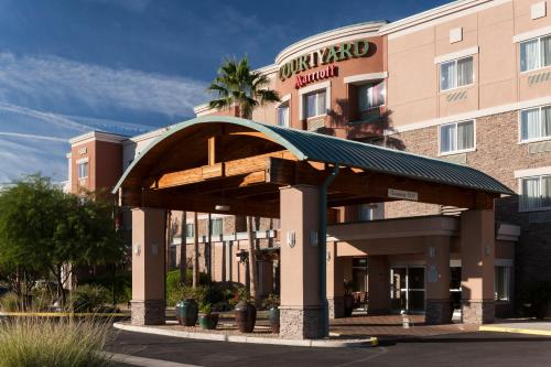 Courtyard by Marriott Phoenix West/Avondale photo 6
