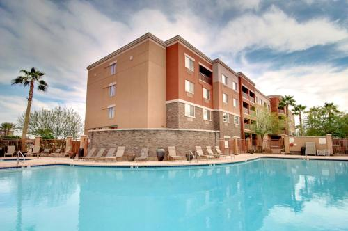 Courtyard by Marriott Phoenix West/Avondale photo 42