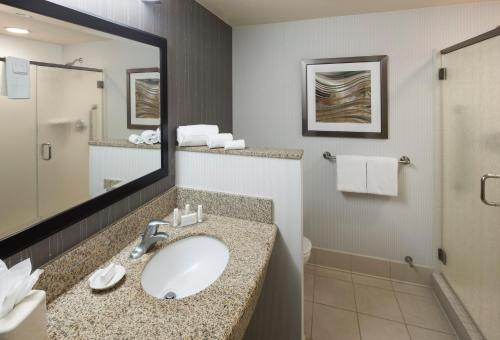 Courtyard by Marriott Phoenix West/Avondale photo 44