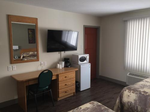 Howey Bay Motel Photo