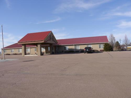 Westwood Inn & Suites - Kimball Photo