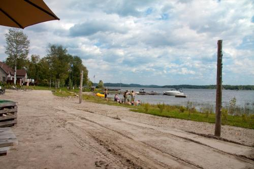 Chalets Au Bord du Lac Kénogami Photo