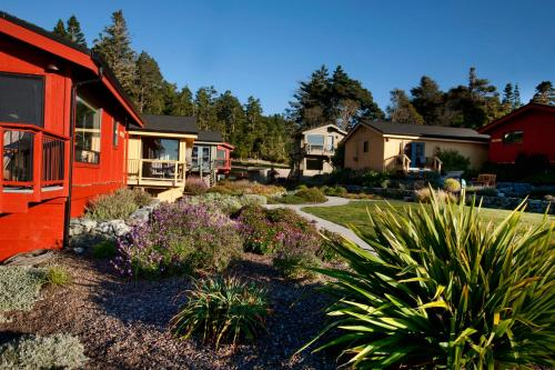 Cottages at Little River Cove Photo