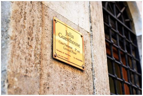 Hotel Apartment Julia Guesthouse