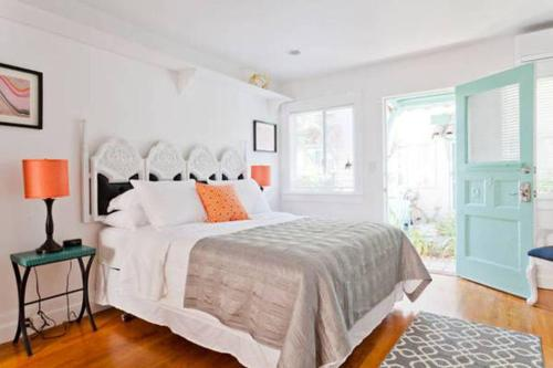 Abbot Kinney Apartment Photo