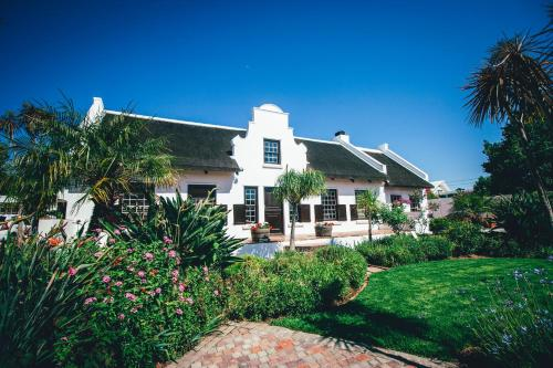 Cape Village Lodge Photo