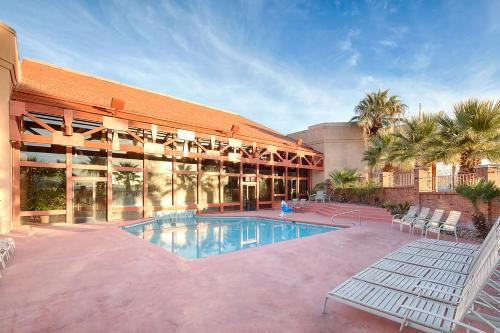 Red Lion Hotel and Conference Center St. George Photo