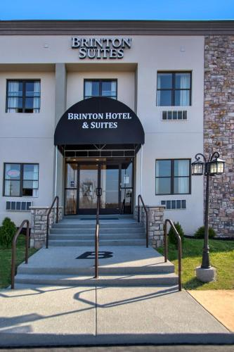Brinton Hotel & Suites Photo