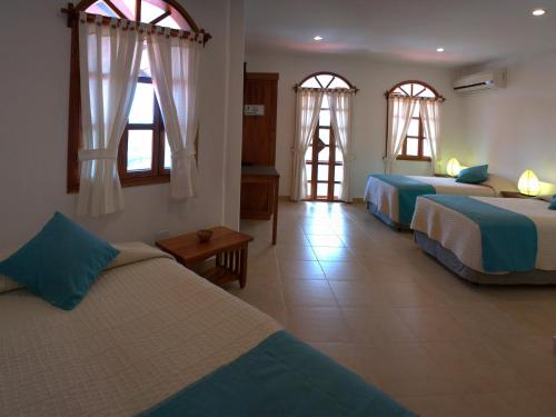 Hotel Galapagos Suites B&B Photo
