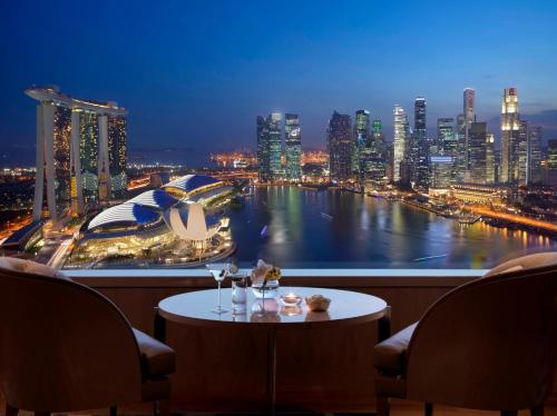 The Ritz-Carlton, Millenia Singapore photo 10