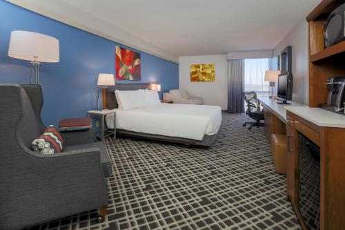Hilton Garden Inn Dallas/Market Center photo 29