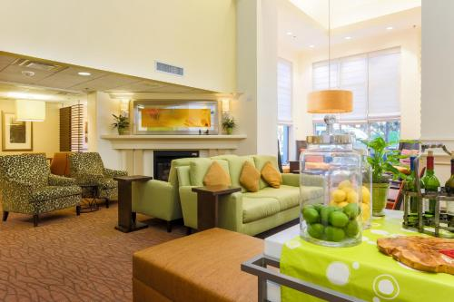 Hilton Garden Inn Dallas/Market Center photo 32