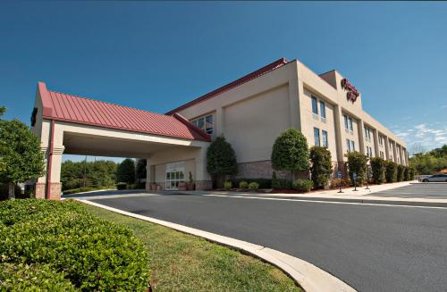 Hampton Inn Cornelia Photo