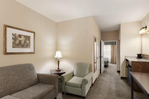 Country Inn & Suites Asheville West Photo