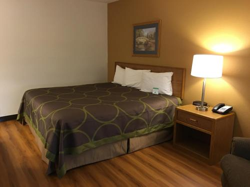 Quincy Inn & Suites Photo