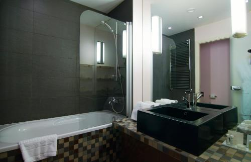 Mamaison All-Suites Spa Hotel, Moskau, Russland, picture 52
