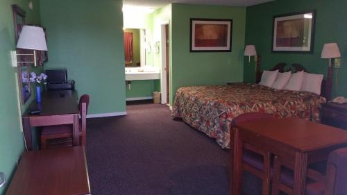 Executive Inn Mineral Wells Photo