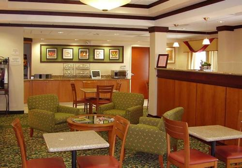 Fairfield Inn & Suites by Marriott Murfreesboro Photo
