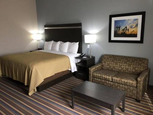 MainStay Suites Odessa Photo