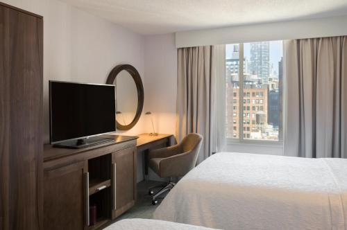 Hampton Inn Manhattan Chelsea Photo