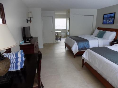 Prestige Hotel Vero Beach Photo