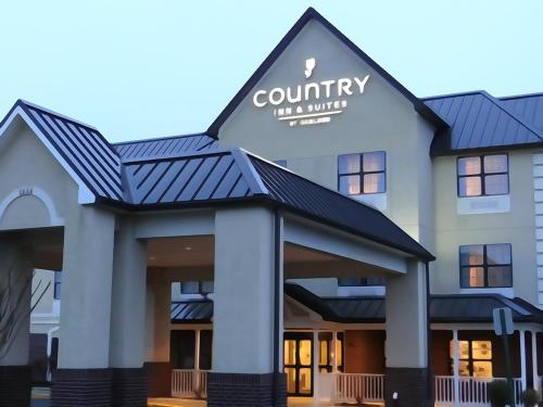 Country Inn and Suites - Salisbury Photo