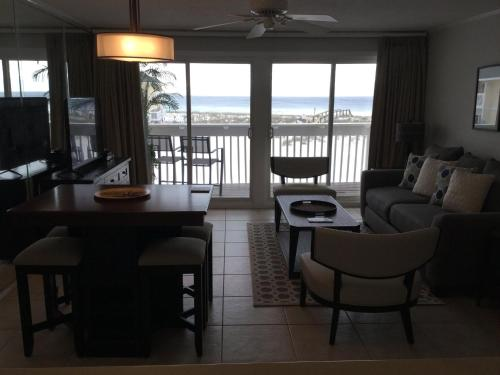 Sandpiper Cove 2120 Photo
