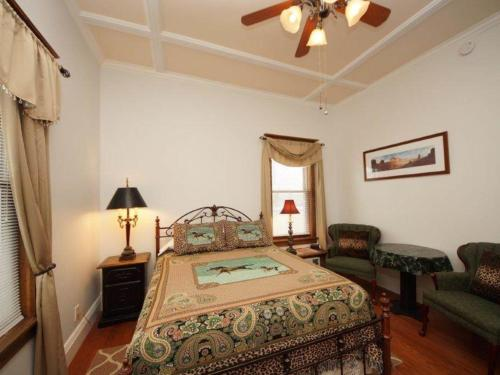 Tangren House Luxury Inn ~ Cisco Room 1 Photo