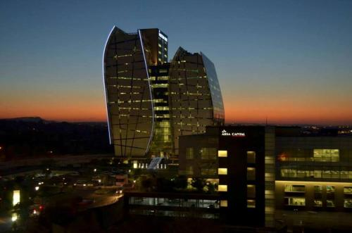 Sandton Apartments - Hydro Photo
