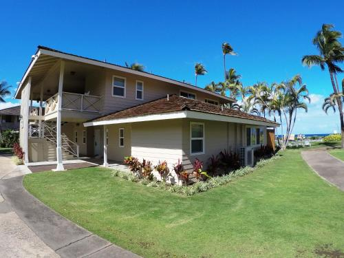 Royal Lahaina Resort Photo