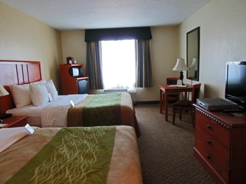 Comfort Inn & Suites El Centro Photo