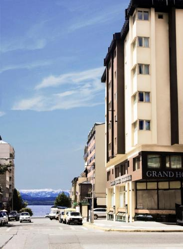 Grand Hotel Bariloche Photo