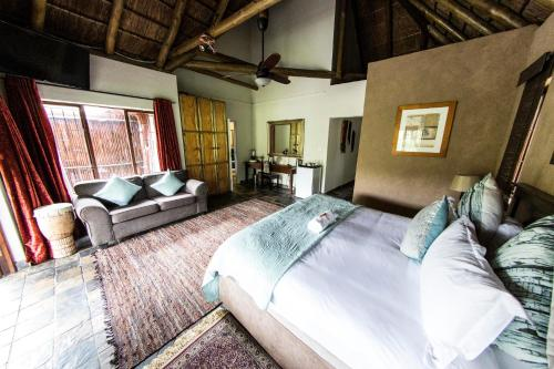 Fish Eagle Manor Photo
