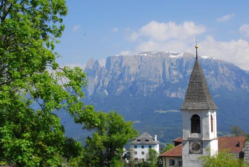 Hotel Dolomiten Collalbo Italy Overview
