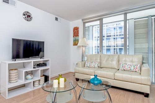Heaven on Washington Center of the City Furnished Apartments Photo