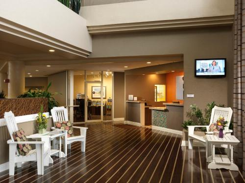 DoubleTree Suites by Hilton Melbourne Beach Oceanfront Photo