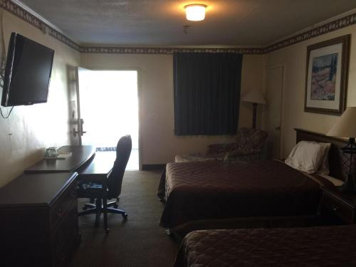 Deluxe Inn - Statesboro Photo