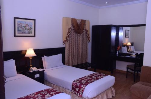 http://www.booking.com/hotel/pk/mirage.html?aid=1728672