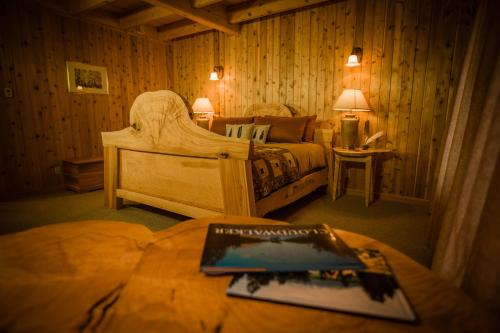 Bear Claw Lodge Photo