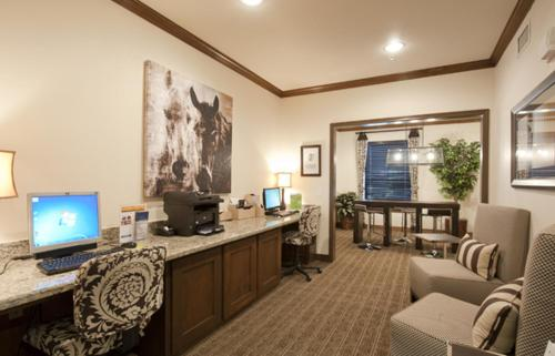 Resort Style Apartment/Home - The Woodlands Photo