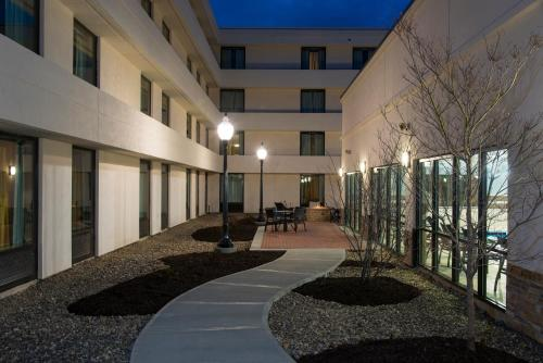 DoubleTree by Hilton Schenectady Photo