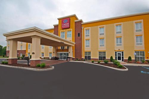 Comfort Suites Marietta-Parkersburg Photo