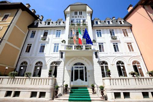 Hotel croce bianca asiago for Asiago centro hotel
