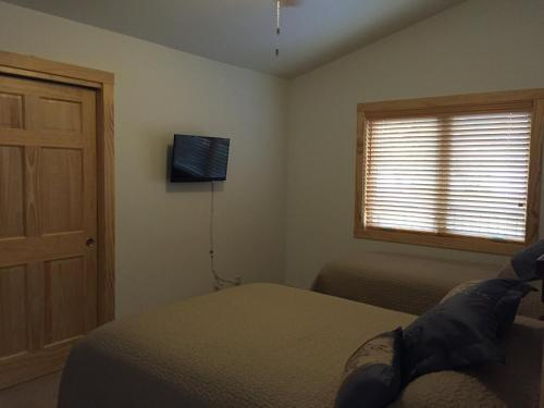 Two-Bedroom G2 Photo