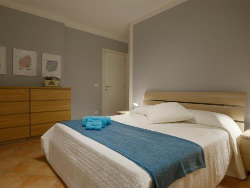http://www.booking.com/hotel/it/seven-venice-apartment.html?aid=1728672