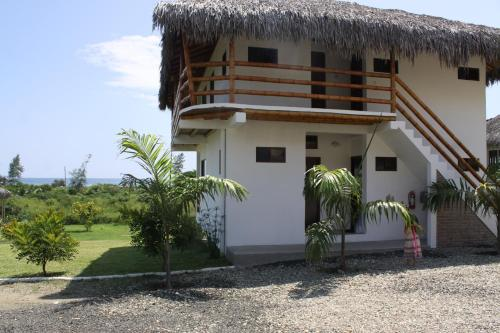 Hosteria Guachapeli Photo